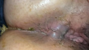 Миниатюрная телка доставила у толстого друга в рот и потрахалась с ним до кремпая