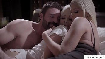 Романтический и миленький секс взрослой влюбленной парочки