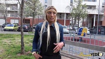 Молодой муж наказал бухую 40-летнюю тёщу фаллосом в рот за любовь к алкоголю
